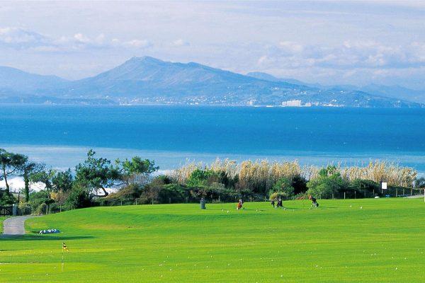 Que faut-il savoir sur le golf au Pays Basque ?