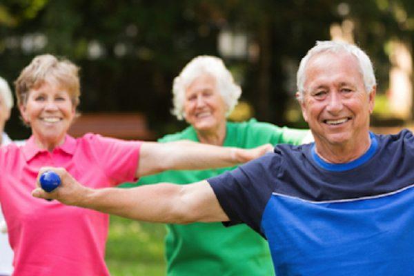 Comment choisir son sport pour les personnes âgées ?